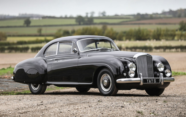 dev/portal/2010 Dodge tag/1952 Bentley R-Type Continental Fastback-02